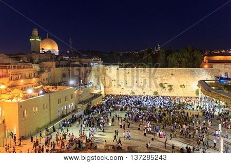 Jerusalem, Israel - July 01, 2016: Shabbat Prayer At The Western Wall