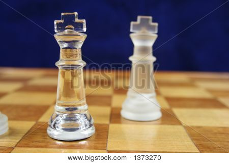 Chess Game - 2 Kings Blue Background