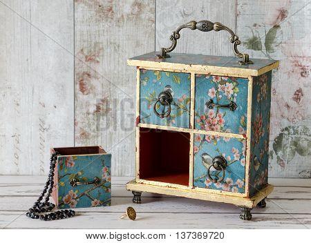 Gorgeous Jewellery Box