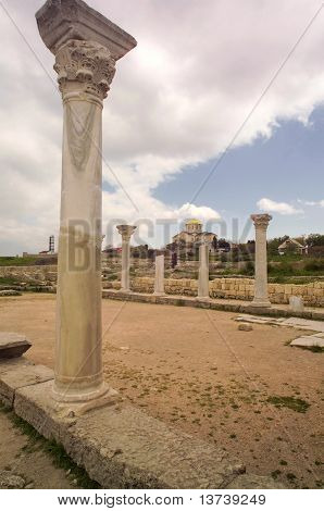 Ruinas de la antigua colonia griega Khersones. Sebastopol, en Crimea
