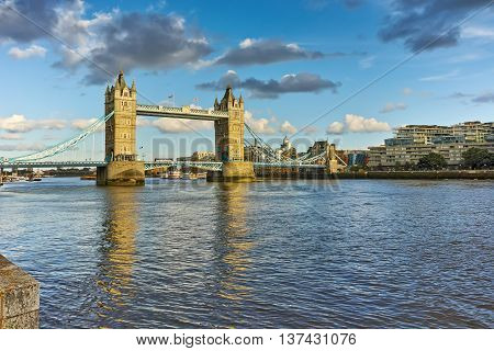 Tower Bridge in London in the late afternoon, England, Great Britain