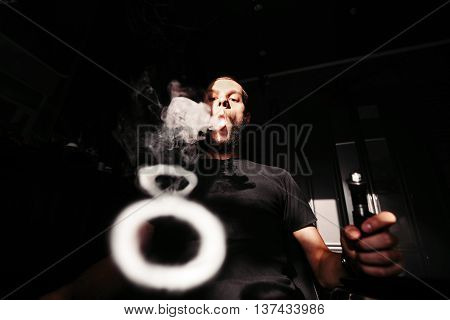Men with beard vape and produse steam rings
