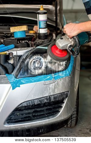 Car Care With Car Headlight Cleaning With Power Buffer Machine A