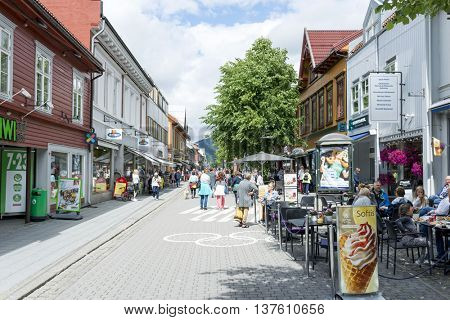 LILLEHAMMER, NORWAY - JUNE 27: Tourists enjoying the beautiful weather walking through the streets of Lillehammer on June 27, 2016 in Lillehammer, Norway. Lillehammer City Winter Olympics in 1994.