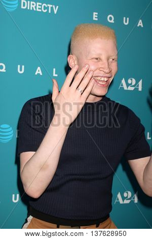 LOS ANGELES - JUL 7:  Shaun Ross at the Equals LA Premiere at the ArcLight Hollywood on July 7, 2016 in Los Angeles, CA