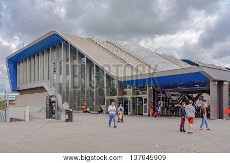 Reading/UK. 3rd July 2016. The newly refurbished northern entrance to Reading station on the Great Western mainline.