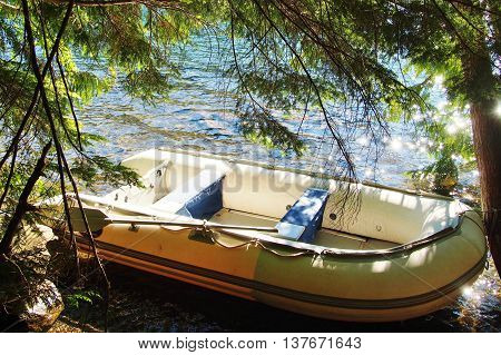 boating with an Inflatable raft on Lost Lake