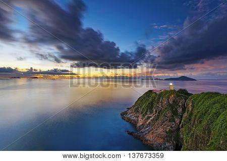 lighthouse during sunrise , Hong Kong Hok Tsui Cape D'Aguilar beautiful landscape