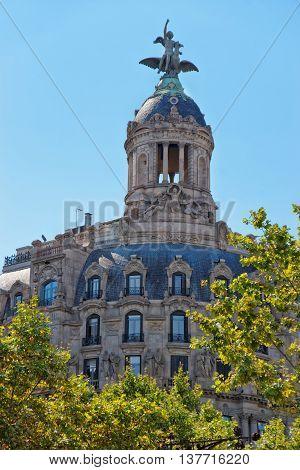 Union Y El Fenix Espanol Building In Passeig De Gracia