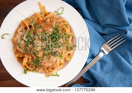 tomato and mushroom whole wehat pasta with cilantro