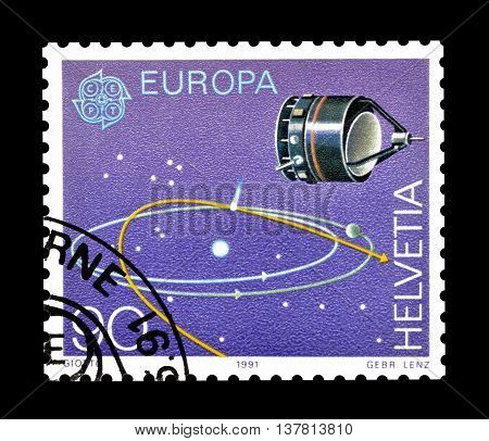 SWITZERLAND - CIRCA 1991 : Cancelled postage stamp printed by Switzerland, that shows Space probe Giotto and orbits.