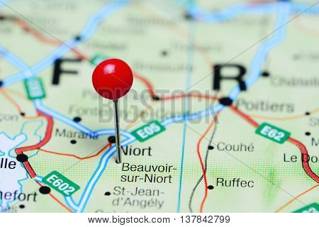 Beauvoir-sur-Niort pinned on a map of France