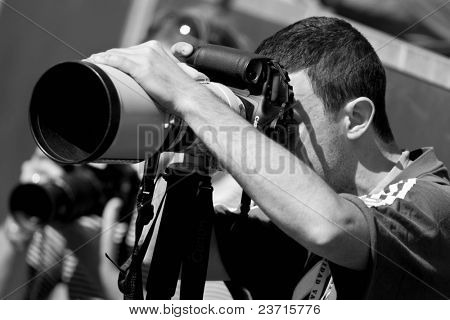 Spanish ATP Tour -Valencia City Open Tennis Championships 2008 - 2008.04.20 - A professional photographer in action