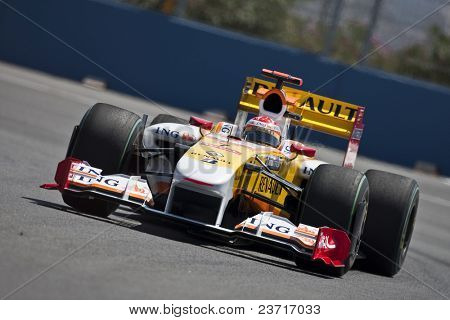 VALENCIA, SPAIN - AUGUST 22: Formula 1 Grand Prix of Europe in Valencia Street Circuit - Fernando Alonso with Renault August 22, 2009 in Valencia, Spain