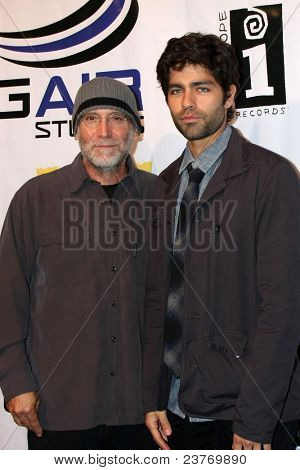 LOS ANGELES - SEPT 22:  David Lee Miller, Adrian Grenier arriving at the premiere of