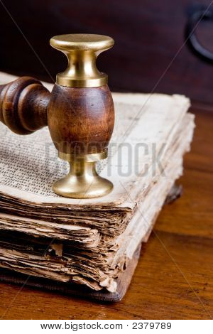 Judge'S Gavel On Book