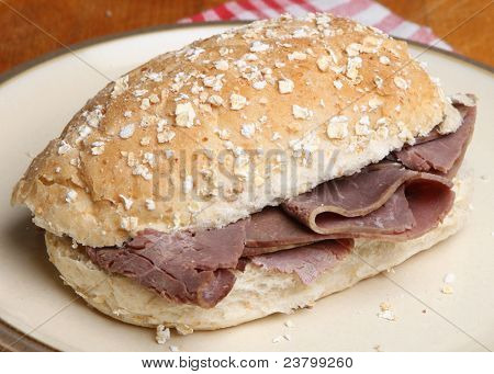 Roast beef in a wholemeal bread roll.