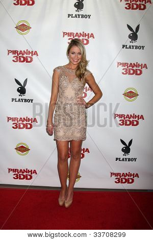 LOS ANGELES - MAY 29:  Katrina Bowden arrives at the