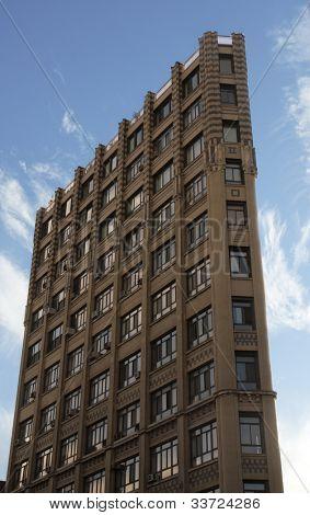 flatiron style building