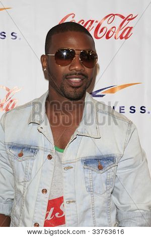 WOODLAND HILLS - JUNE 2: Ray J at the Grand Opening Celebrity VIP Reception of the FIRST SIGNATURE LA FITNESS CLUB on June 2, 2012 in Woodland Hills, California