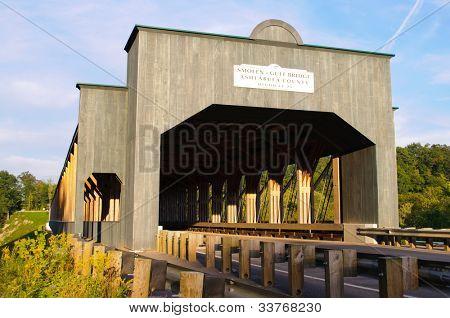 Smolen-Gulf Bridge, the longest covered bridge in the United States
