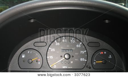 Metro Instrument Panel Speedometer Gas Temp