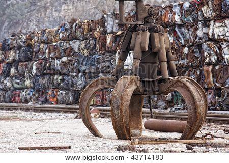 Industrial Grabber