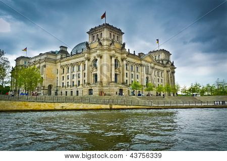 Reichstag And Spree River