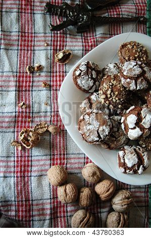 chocolate crinckles