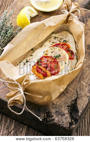fish baked with vegetables