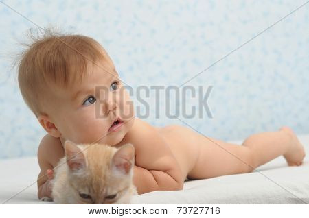 Baby Caught The Cat