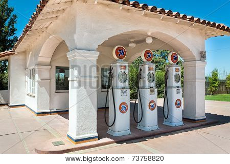 Vintage Union 76 Gas Station In The United States