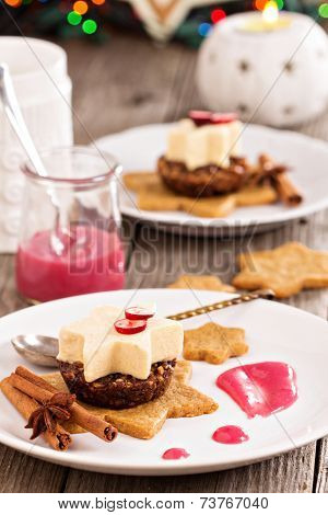 Pumpkin parfait with spices on gingerbread