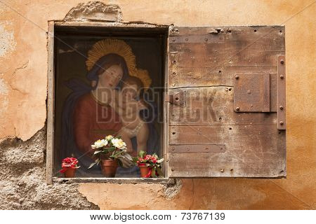 madonna on the wall for pray and meditation