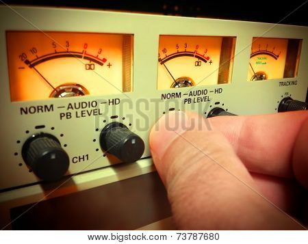 Hand Setting Audio Level