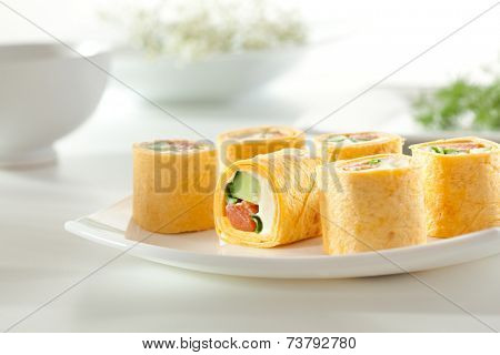 Mexico Maki Sushi - Roll made of Smoked Salmon, Cream Cheese, Cucumber and Spring Onion inside. Mexican Tortilla outside