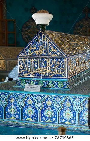 Interior of Green Mausoleum in Bursa with The sarcophagus of Sultan Mehmet I decorated with floral d