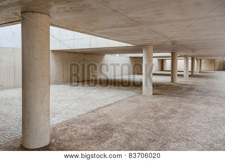 architectural detail of concrete columns without people