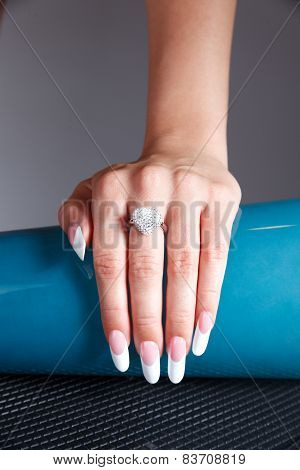 French Manicured Fake Nails