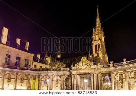 View of Saint Epvre basilica in Nancy at night