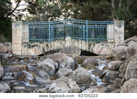 Scenic bridge in Sir James McCusker park
