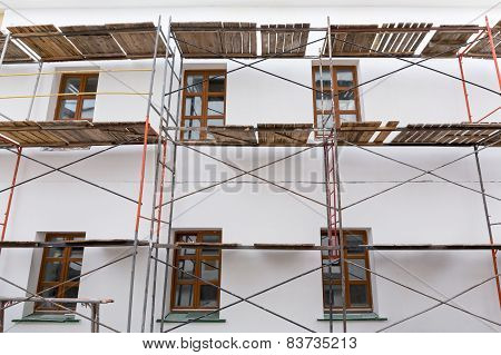 Scaffolding For Building Reconstruction