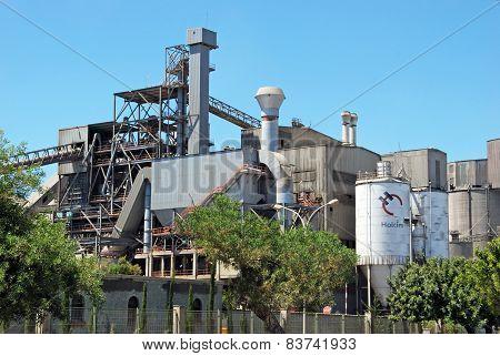 Holcim concrete plant.