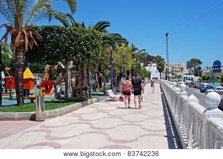 View along Garrucha promenade.