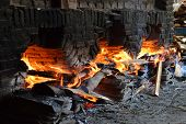 picture of furnace  - Roof Tile Furnace burned with wood  - JPG