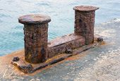 image of big-rig  - the very big old Bollard on moorage - JPG
