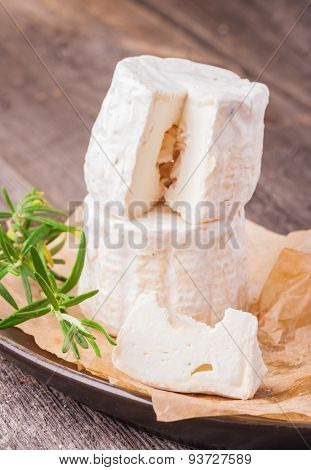 Well Ripened Goat Cheese