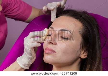Beauty treatments in the beauty salon.