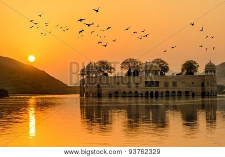 The Water Palace At Sunrise Rajasthan Jaipur, India