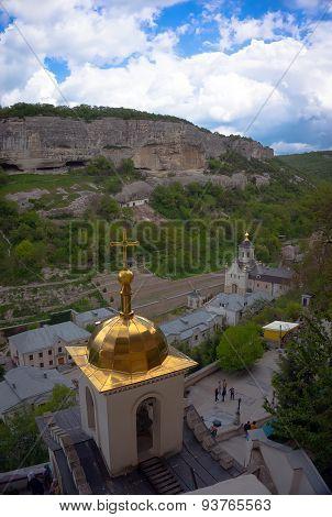 monastery Shuldan Chufut-Kale